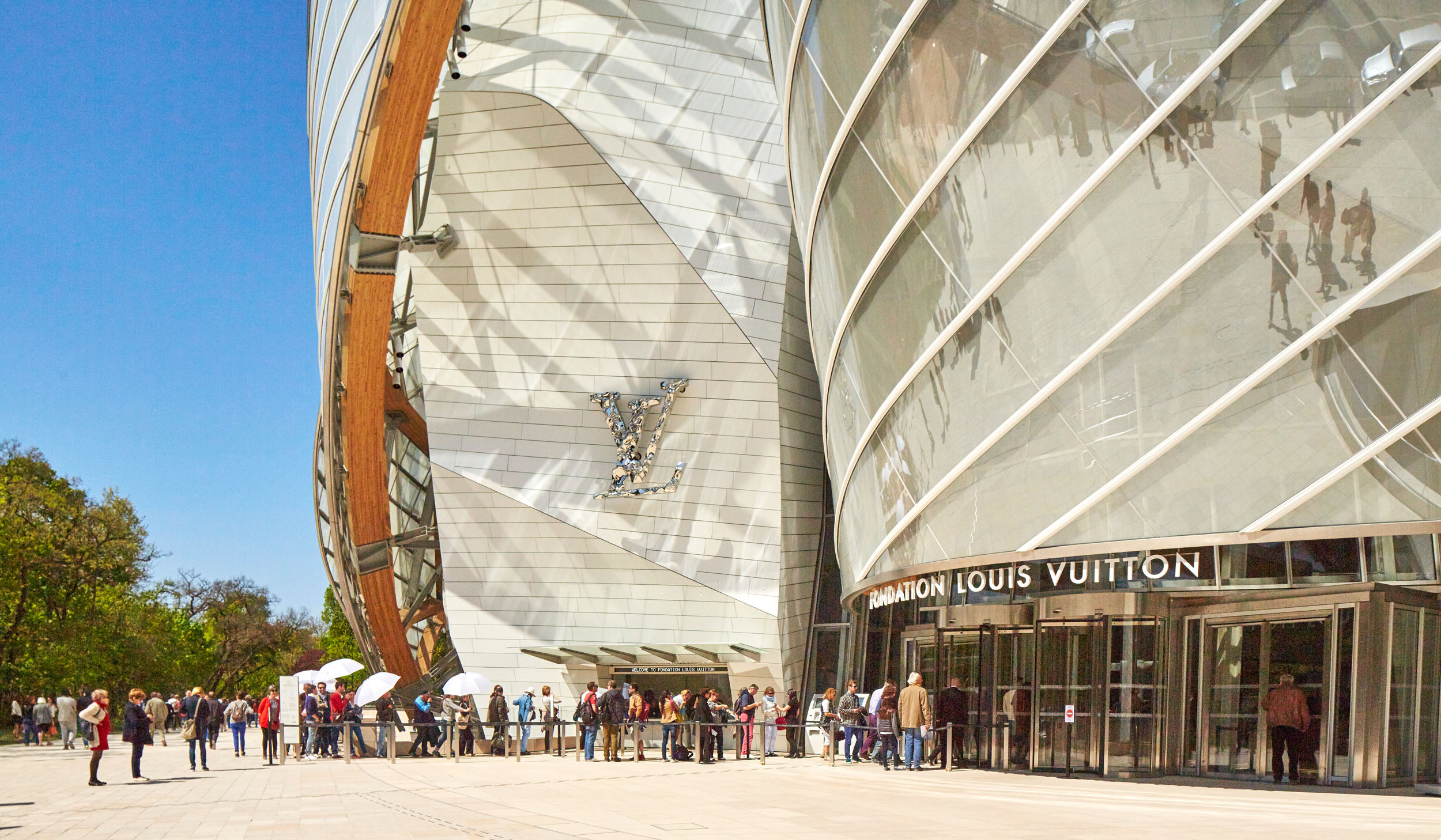fondation-louis-vuitton-ext-L0A2604