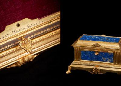 Boite Tahan bronze doré & lapis lazuli