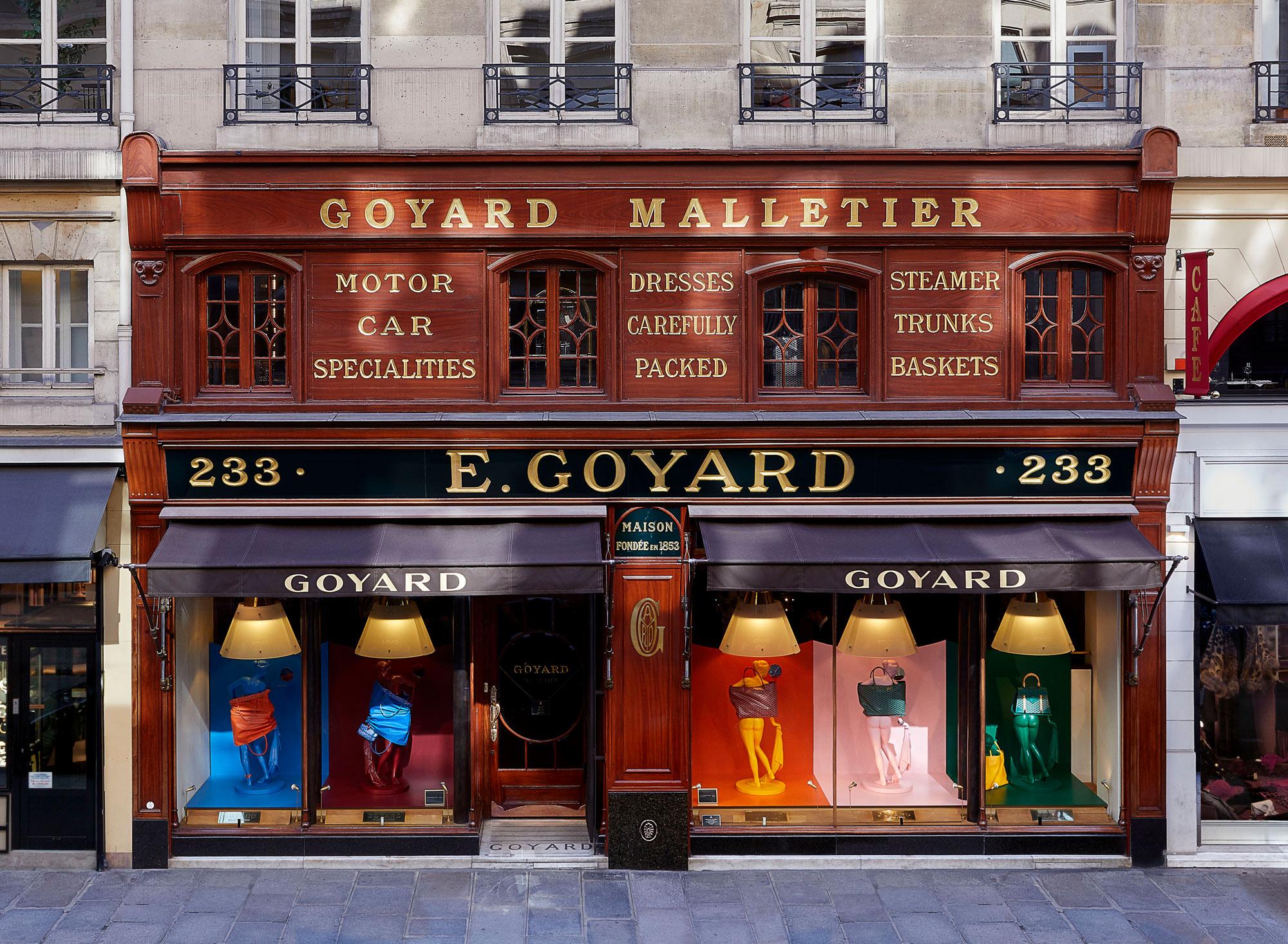 Facade de la Boutique Goyard au 233 rue St Honoré | Paris, Fr